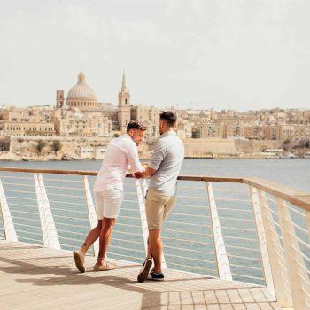 ВАС потвърди правото на пребиваване на еднополовите двойки