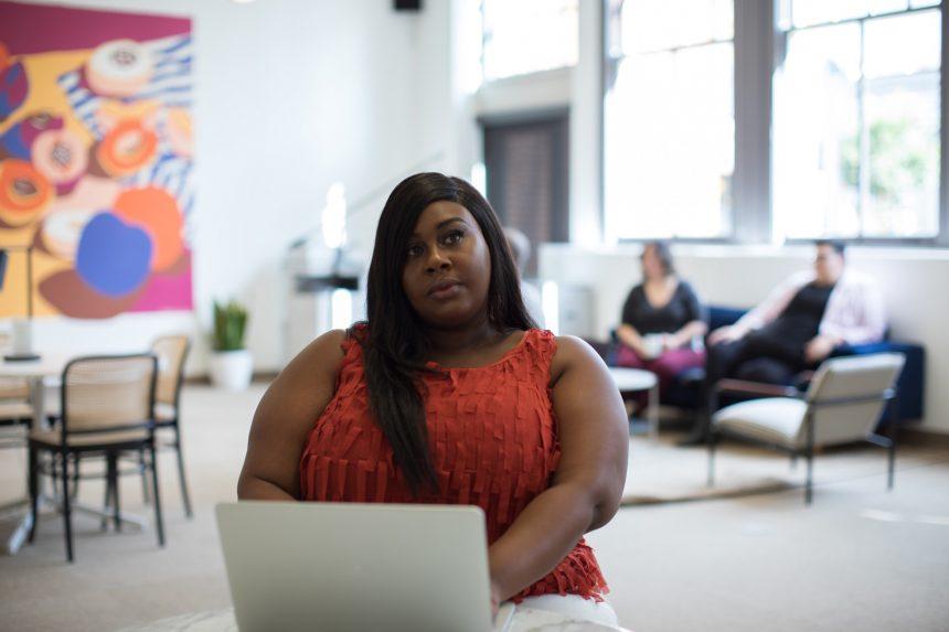 Защитени ли сме от дискриминация, когато страдаме от затлъстяване