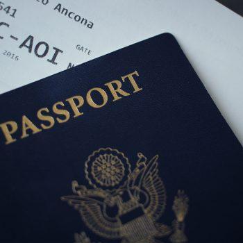 Пътуване на дете в чужбина – необходими документи