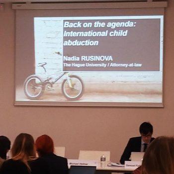 лекция на адв. русинова за академията по европейско право – международно отвличане на деца