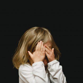 Домашното насилие като фактор при определяне на родителски права