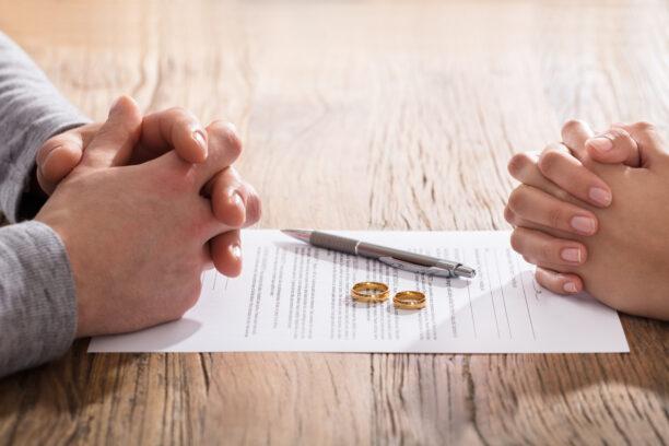Развод по взаимно съгласие без лично явяване на съпрузите вече е възможен – нова практика на ВКС